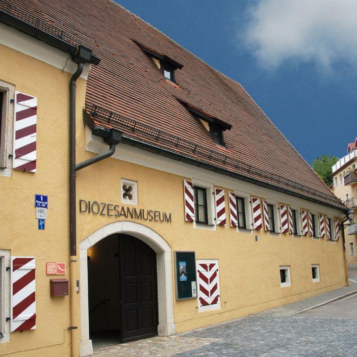 Stadt regensburg kulturdatenbank museum oberm nster for Depot regensburg