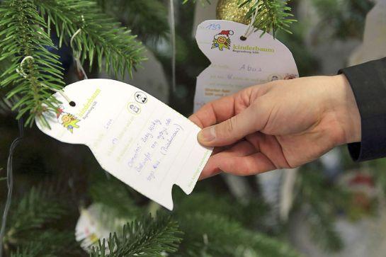 Stadt Regensburg - Kinderbaum - Regensburg hilft - Wie kann ich helfen?